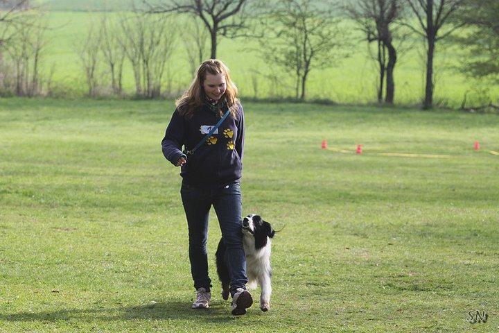 Nathalie Ritsch beim Obedience Training für Hunde