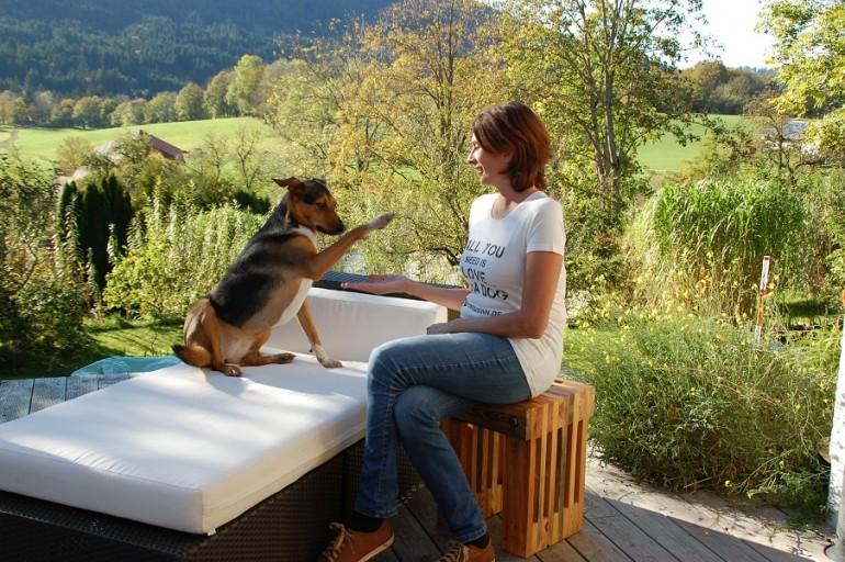 Stephanie Lang von Langen – Gastautorin & Hundepsychologin