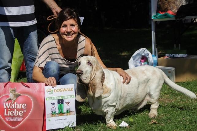 Rekordteilnahme – DogWalk 2015 der Tiertafel RheinErft e.V. ein voller Erfolg