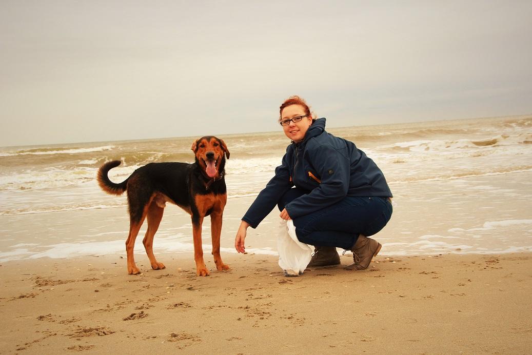 Anika und ihr Hund, ihr bester Freund