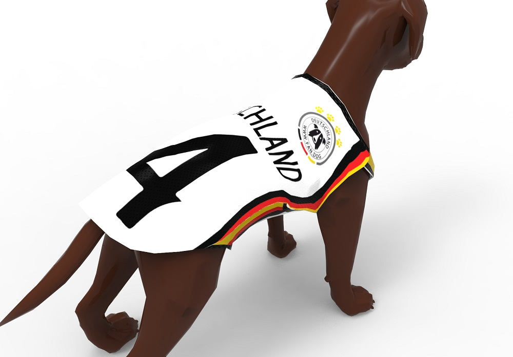 Hund mit Fussball Trikot - Fan Dog